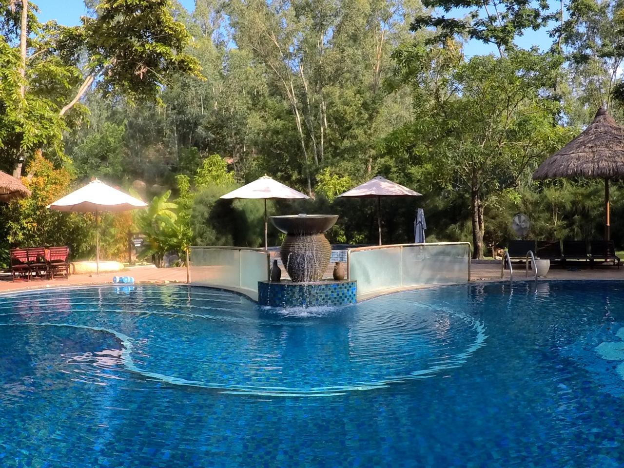 Nah Trang spa pool