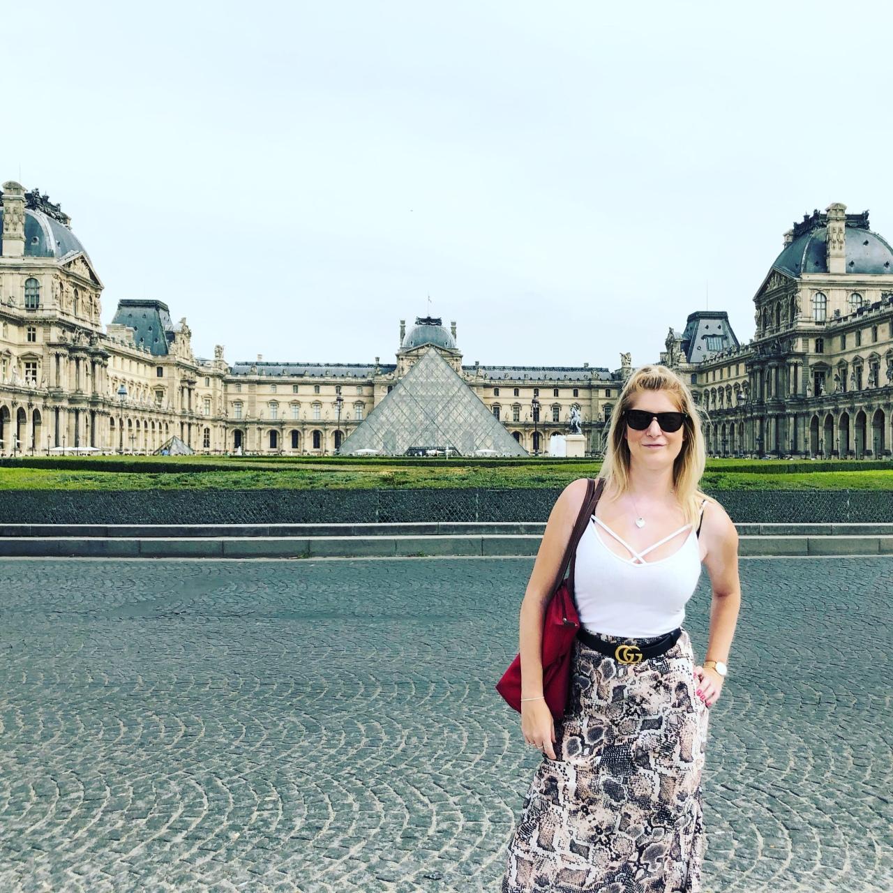 Louvre Paris instagram tips