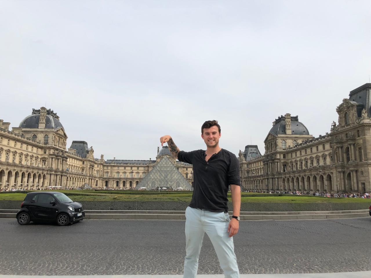 Tourist photo the Louvre Paris