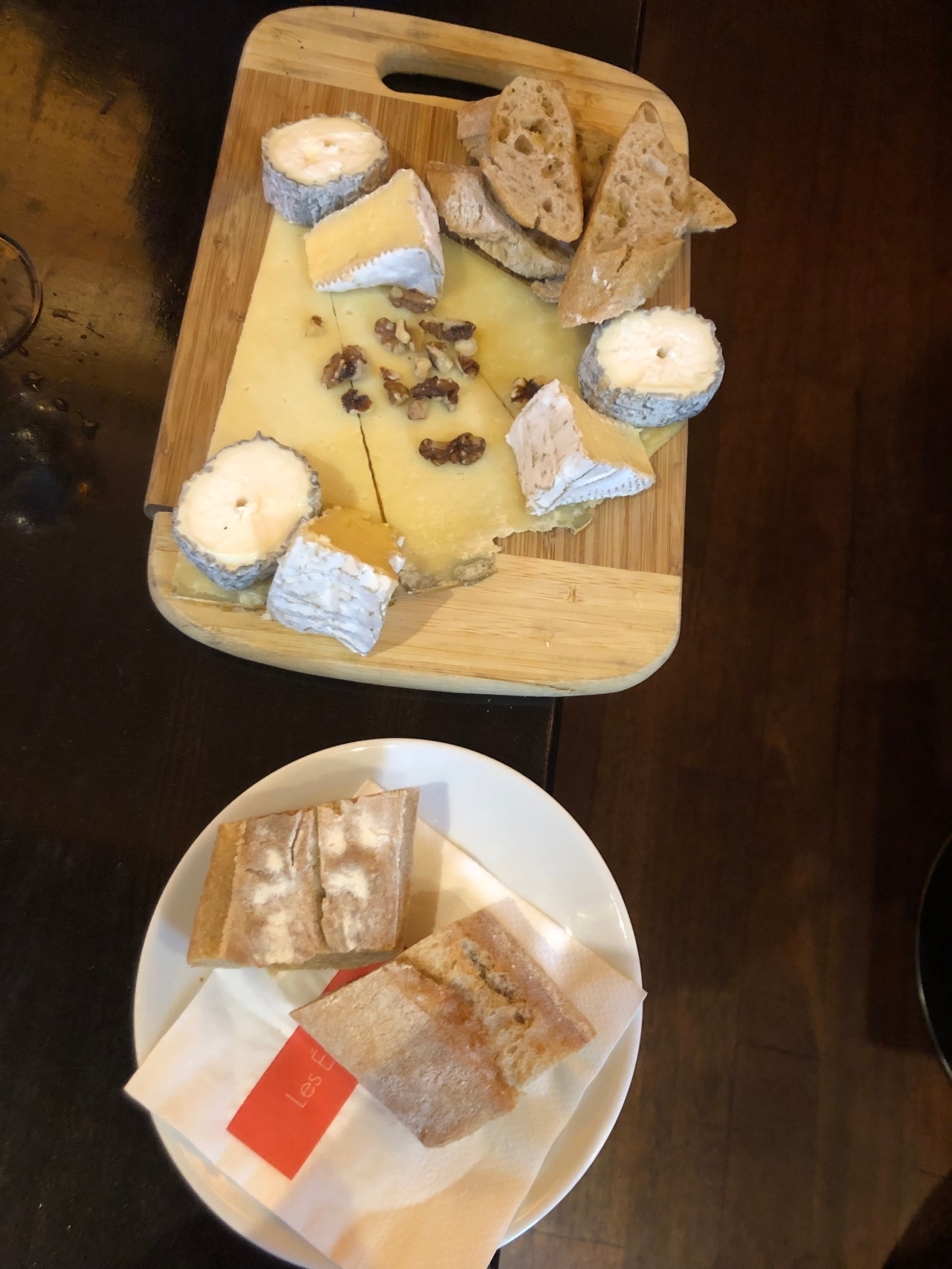 Cheese board Les Editeurs Paris