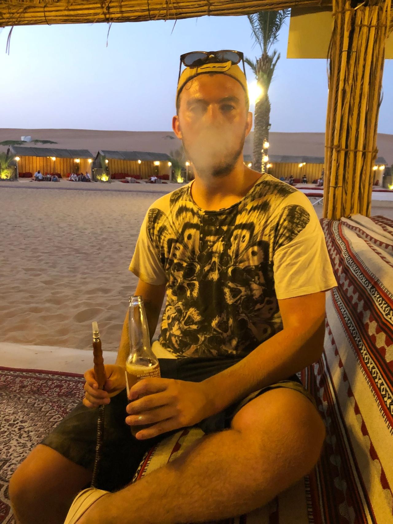 Shisha pipe Dubai Desert
