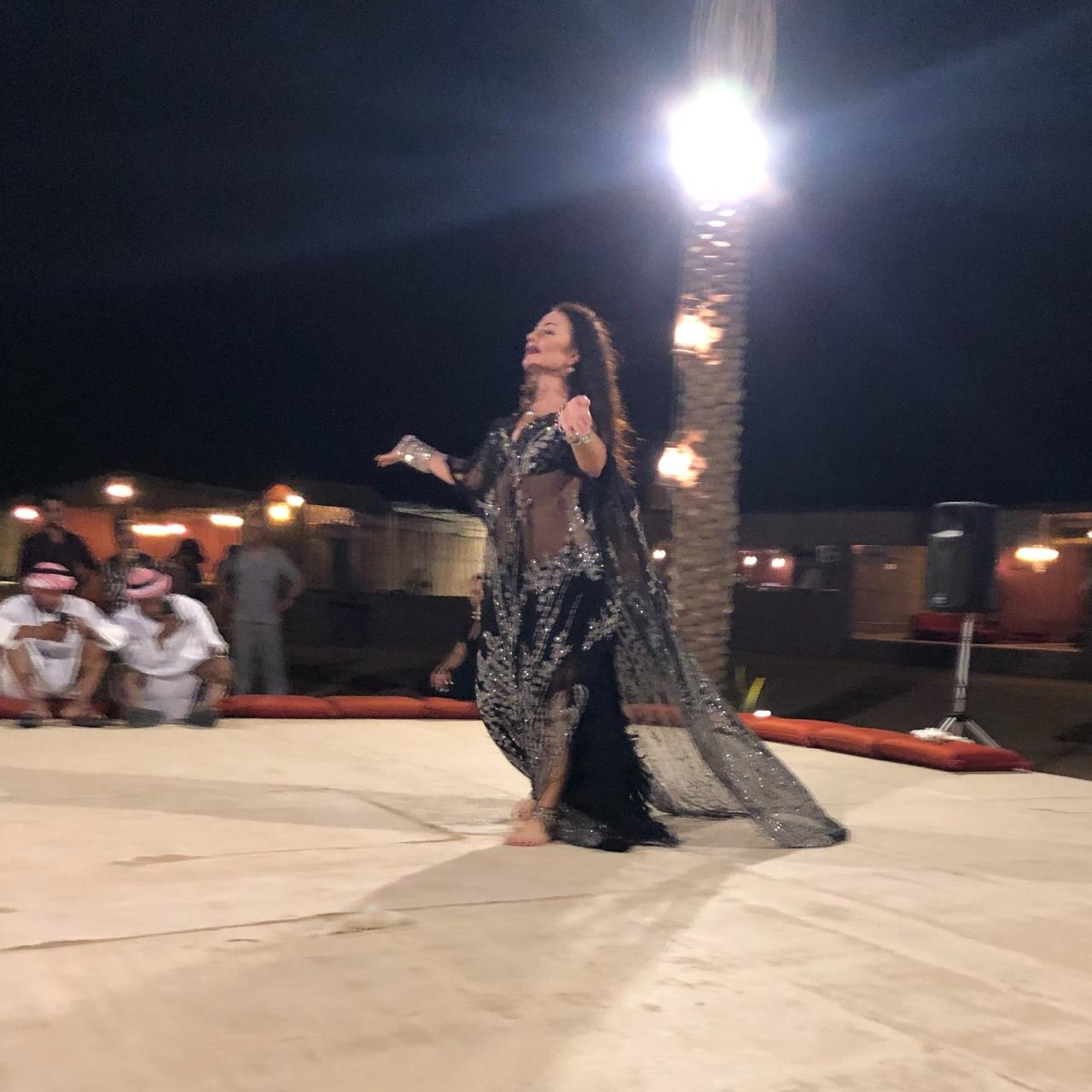 Belly dancing dubai desert