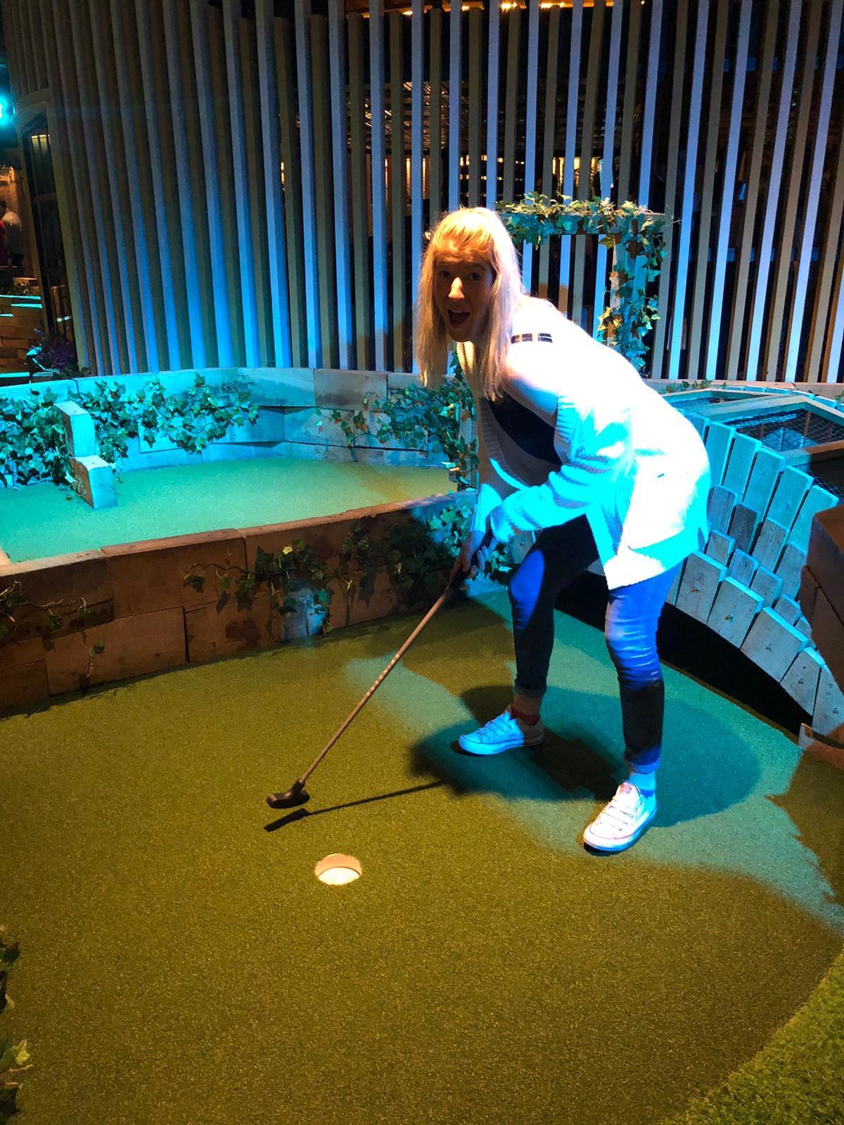 Swingers golf course London
