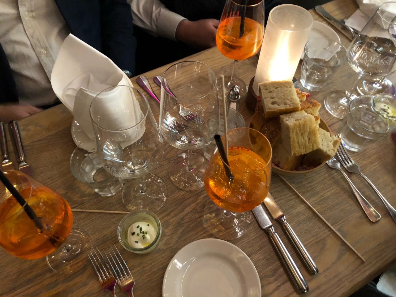 Aperol spritz and bread Via Bene