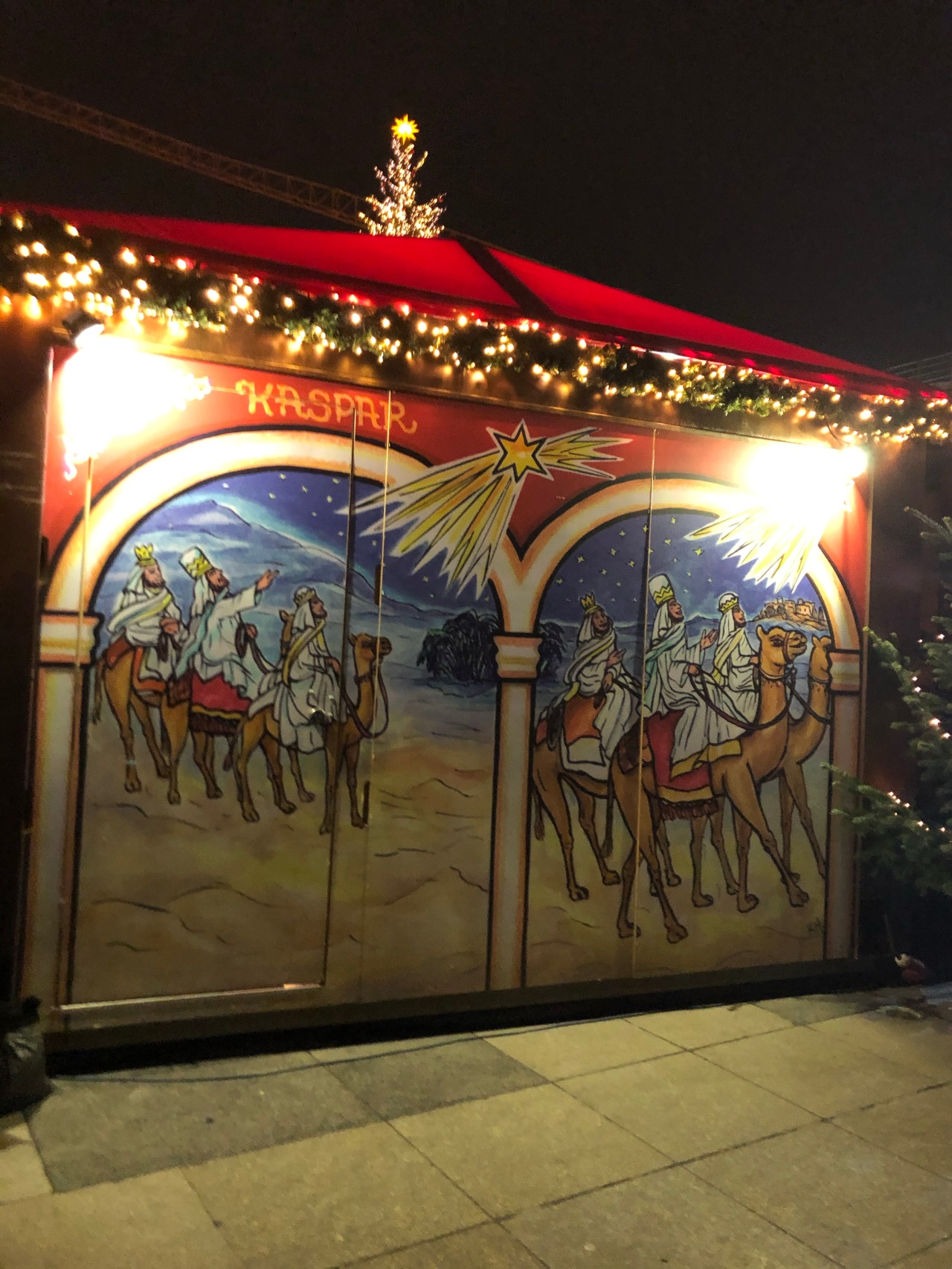 Wise men christmas market painting